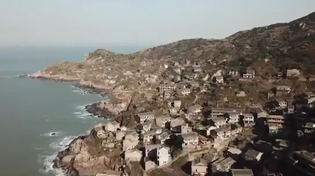 Havadan çekilen 'hayalet köyün' ürkütücü görüntüleri