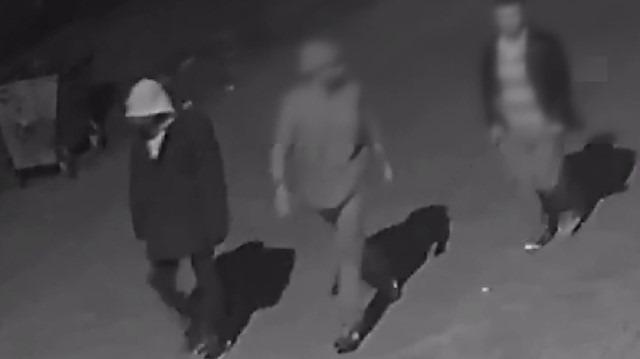 Kamera kayıtlarını da çalan hırsızlar başka kameraya yakalandı
