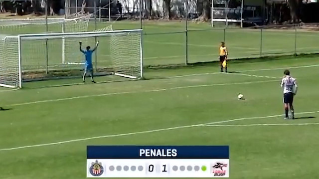 'Kaçtı' derken gol olan penaltı