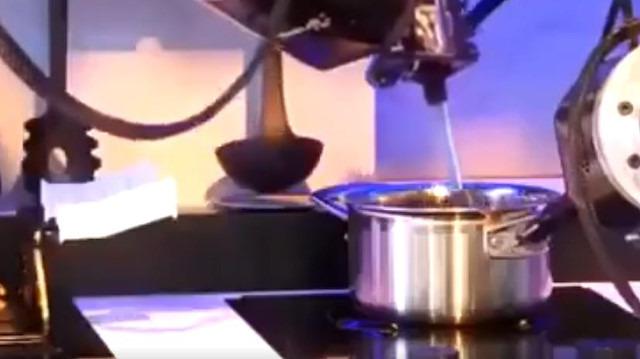 Yemekler robottan: 'Moley Robotics duyurdu'