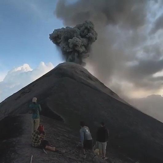 'Volkan patlaması'na çıplak gözle şahit olmak