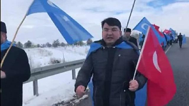 Doğu Türkistanlı Müslümanlar İstanbul'dan Ankara'ya yürüyor