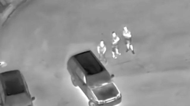 Polis helikopterine lazer tutan gençler özel harekat tarafından baskına uğradı