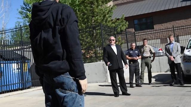 Polis departmanlarının yeni silahıyla tanışın: BolaWrap