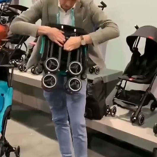 Bir çantaya sığabilen dünyanın en pratik bebek arabası