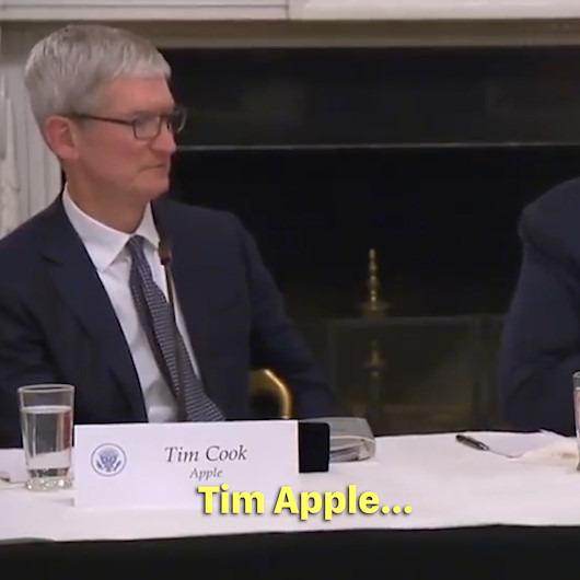 Trump yine karıştırdı: Apple CEO'suna 'Tim Apple' diye seslendi