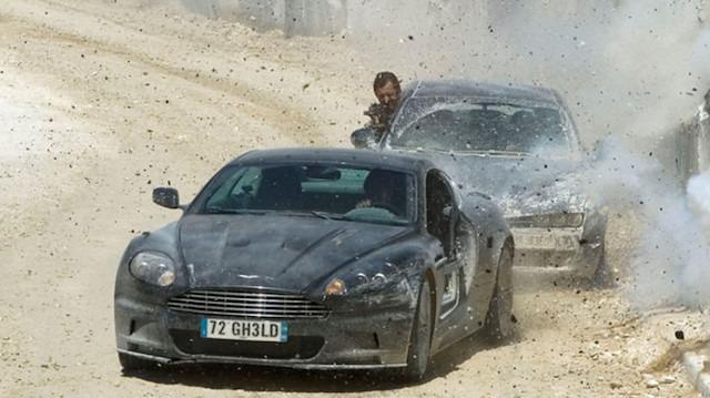 James Bond | Aston Martin kovalama sahnesi