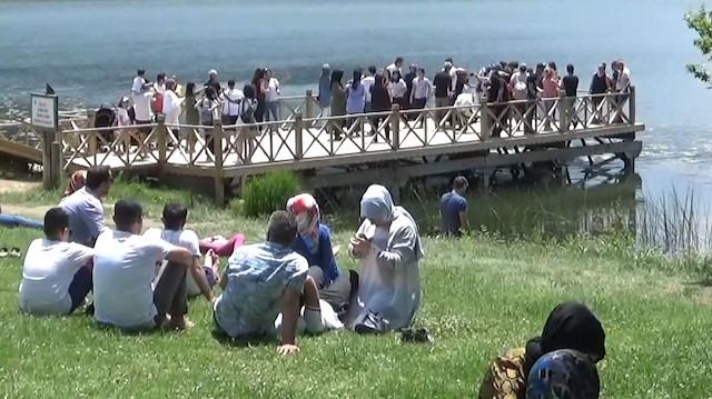Bolu Abant'ta bayram yoğunluğu devam ediyor