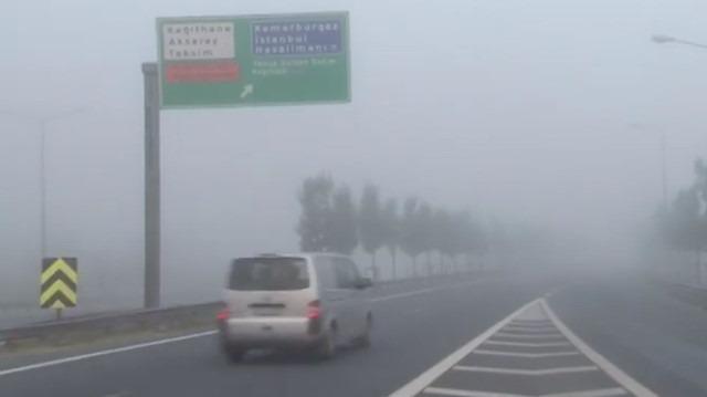 İstanbul güne kartpostallık sisle başladı