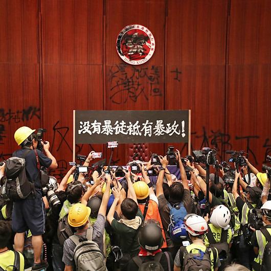 Hong Kong'da neler oluyor?