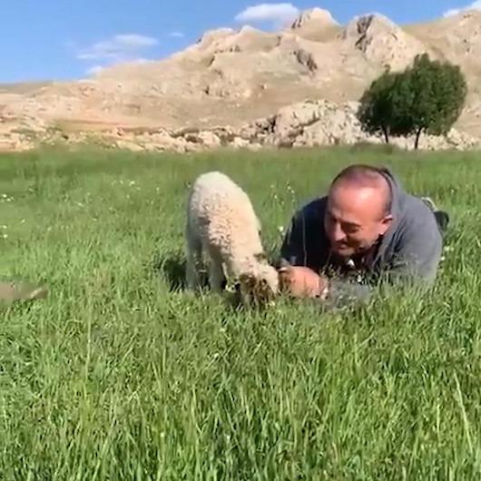 Bakan Çavuşoğlu, memleketini videoyla anlattı