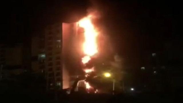 Ankara'da 16 katlı bina alev alev yandı
