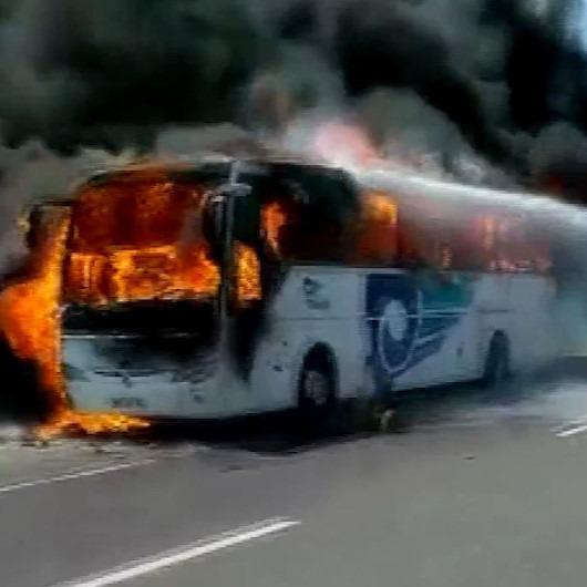 Balıkesir'de yolcu otobüsü yandı: Acı haberler de var