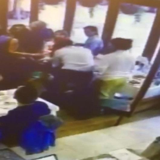 Türk restoran müdürü, 'Heimlich Manevrası' ile müşterisinin hayatını kurtardı