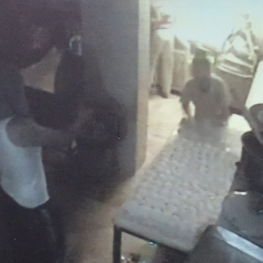 Silahla tehdit edilen fırın çalışanlarının ekmek yapmaya devam etmesi