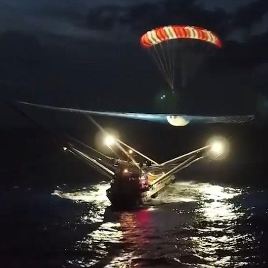 SpaceX'in roket parçası yakalayacak gemisinden ilk video geldi