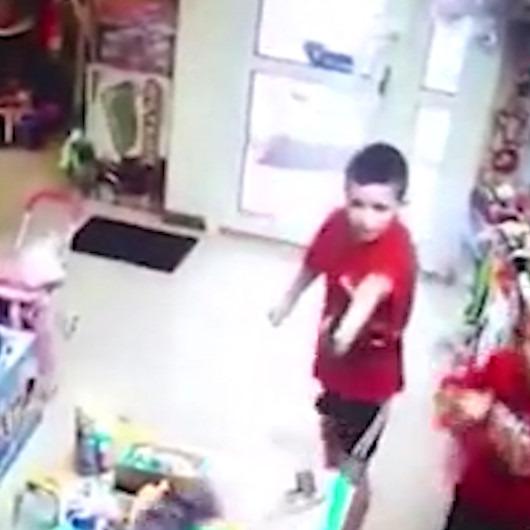 Boncuklu tabanca ile market soymaya kalkışıp hüsrana uğrayan çocuklar
