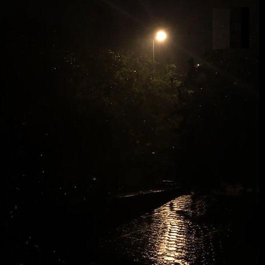 Marmara Bölgesi ile Kıyı Ege'de akşam saatlerinde kuvvetli sağanak bekleniyor