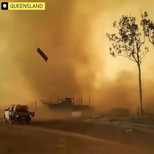 Avustralya hem yangını hem şiddetli hortumu aynı anda yaşadı