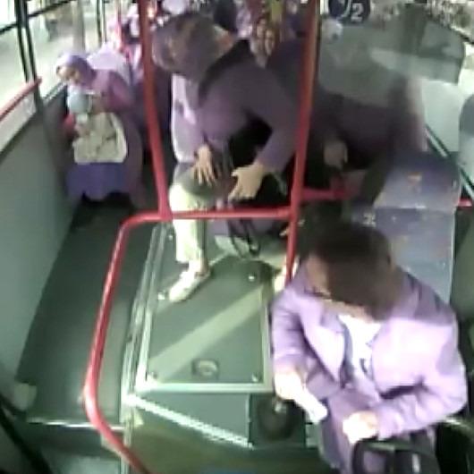 Halk otobüsü şoföründen takdir toplayan davranış